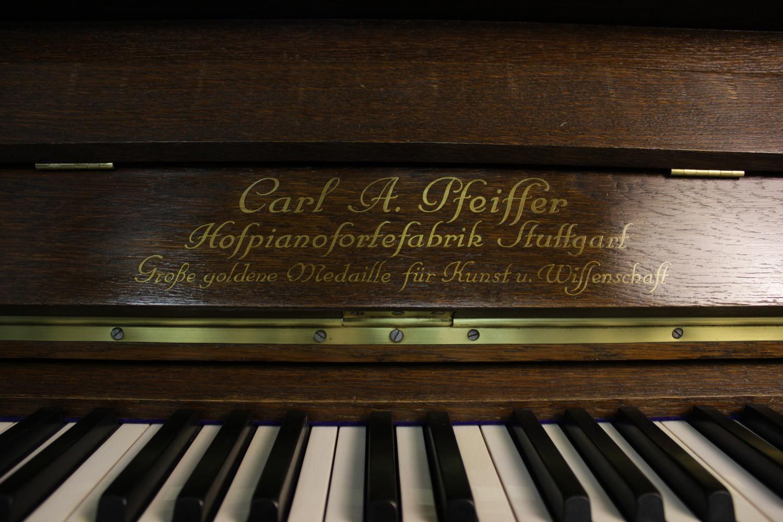 Carl A. Pfeiffer, Mod. 138 Klavier