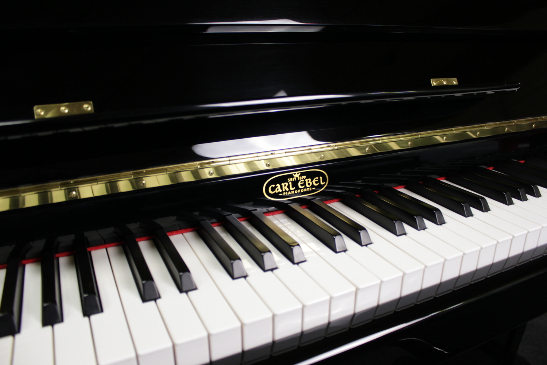 Carl Ebel Klavier