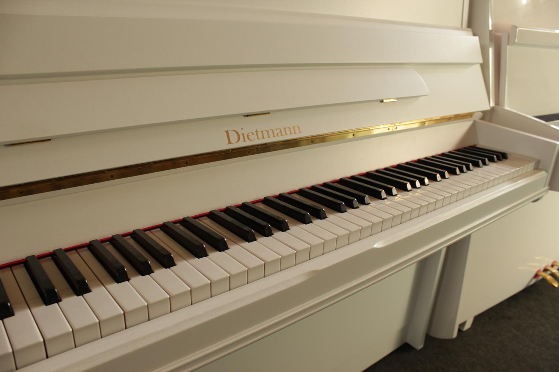 Dietmann, Mod. 108 Klavier