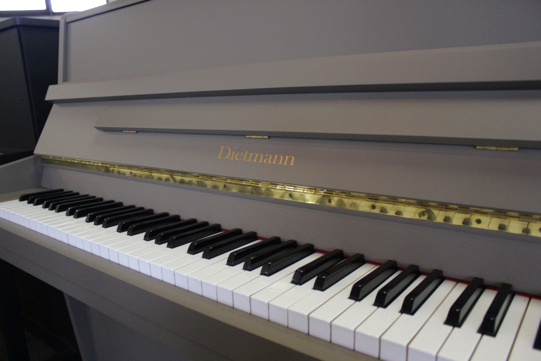 Dietmann, Mod. 112 Klavier