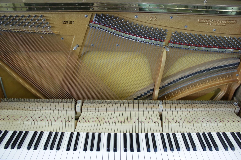 Grotrian-Steinweg, Mod. 122 Klavier