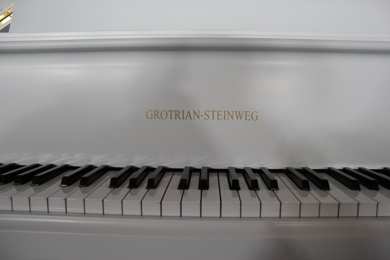 Grotrian-Steinweg, Mod. 160 Flügel