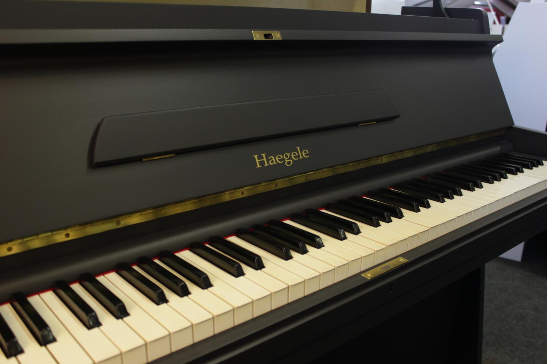 Haegele Klavier