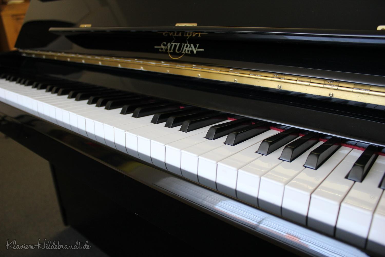 Saturn, Mod. SAZ-105 Klavier