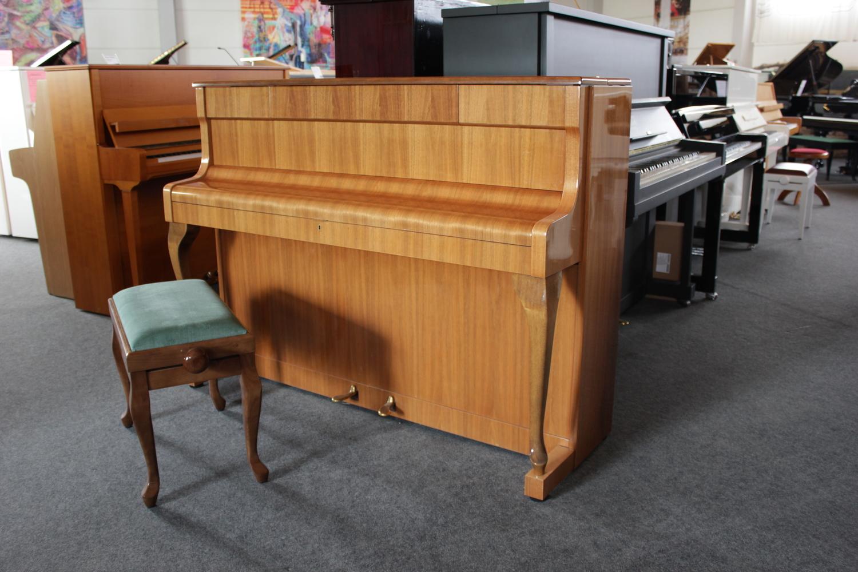 Schimmel, Mod. 108 Klavier