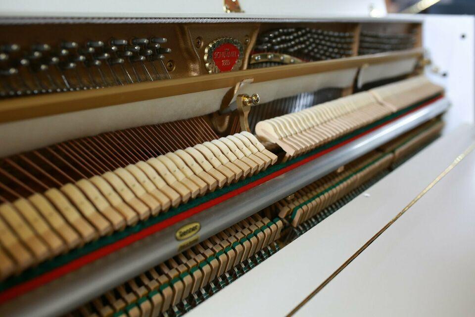 Schimmel, Mod. 105 Klavier