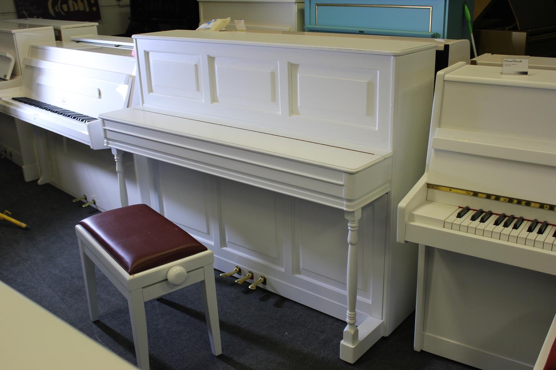 Seiler, Mod. Landhaus Klavier