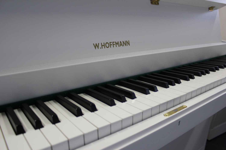 W. Hoffmann Klavier