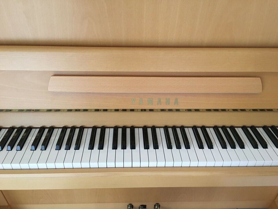 Yamaha, Mod. V118 N Vienna Klavier