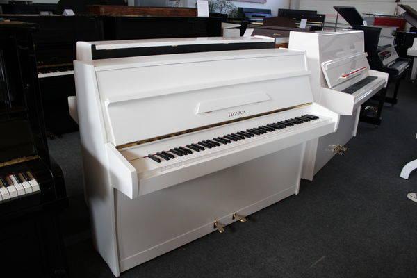 Legnica Klavier, Mod. 106