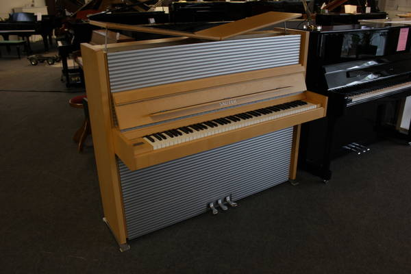 Sauter Klavier, Mod. Onda