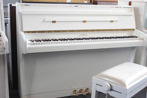 Schimmel Klavier, Mod. 103