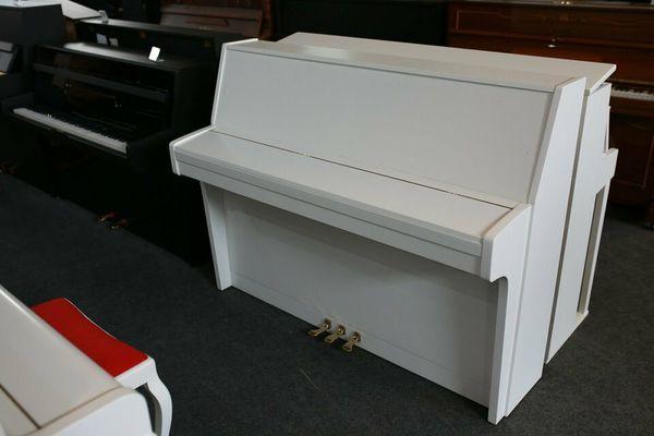 Schimmel Klavier, Mod. 112