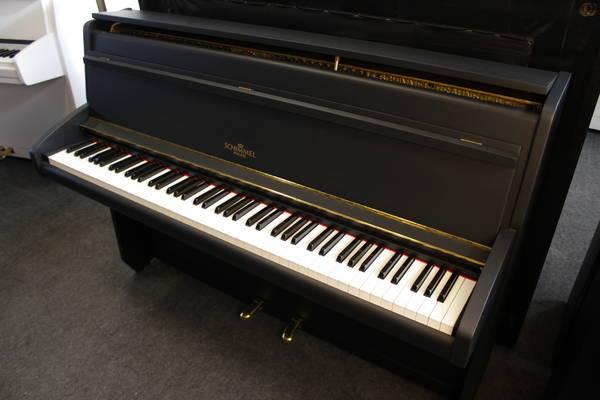 Schimmel Klavier , Mod. Capriccio