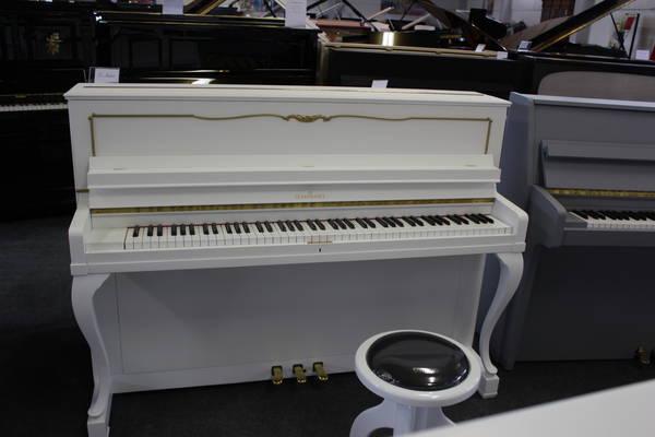Schimmel  Klavier, Mod. Chippendale 108