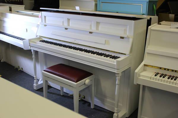 Seiler Klavier, Mod. Landhaus