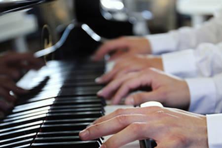 Klavierspielen